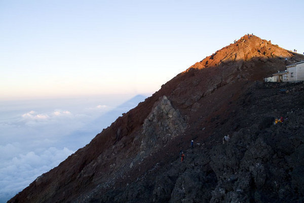 朝焼け影富士